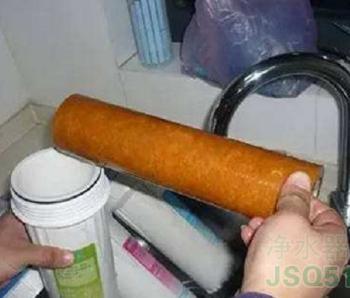 净水器有异味怎么办?如何解决净水器异味问题?