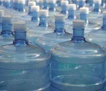 纯净水被曝光!耗氧量超标2倍多 还是因为不干净!